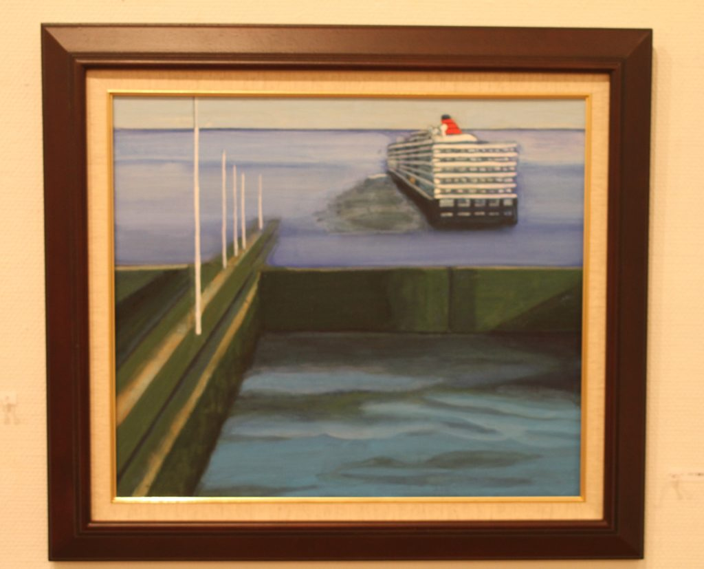 Out from the Panama Canal the Queen Elizabeth will sail into the Pacific Ocean.